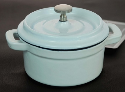 Cast Iron Mini Round Casserole White 10 cm / 0.23 Litre